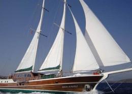 luxury-boat1